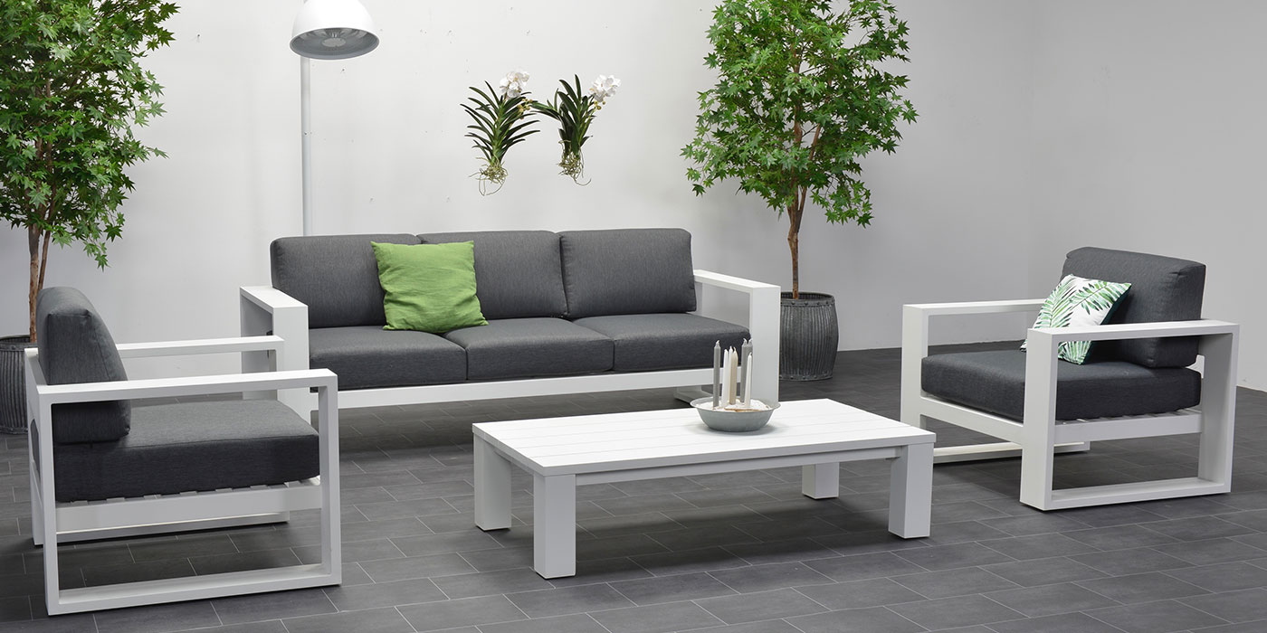 White aluminum outdoor set - Cube