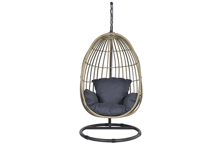 Enjoy The Outdoors With Our Swings Matta